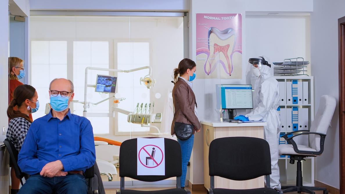 Obiectivele de activitate dentară NHS continuă să atragă controverse